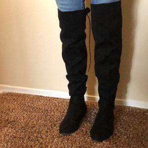 Liliana knee high black boots